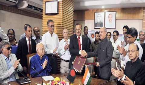 Bangladesh signs $4.5bn 3rd LOC deal with India
