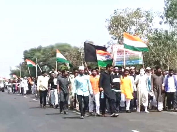 20 km long anti-CAA morcha in Buldhana in Maharashtra; Situation in Delhi continues to be volatile