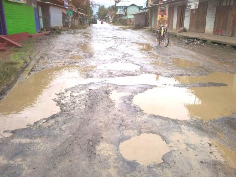 Wangjing to Salungpham IVR road in grave condition; Students stop attending schools
