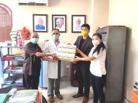 CCTea donates tea packets to RIMS & JNIMS for front line workers