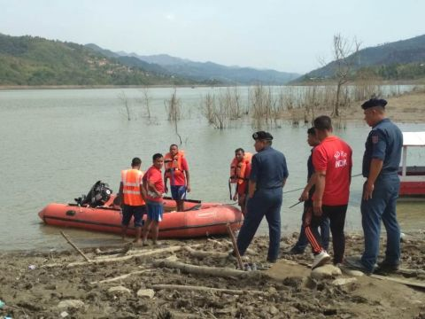 Search operation still continues to find 3 missing persons at Chadong boat mishap