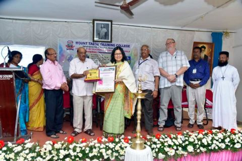Dr. Thokchom Asha honoured  Accomplished Teacher Educator Award