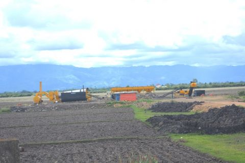 Mockery of Paddy land and Wetland Act Portion of Shamurou Cultivable land procured for factory construction
